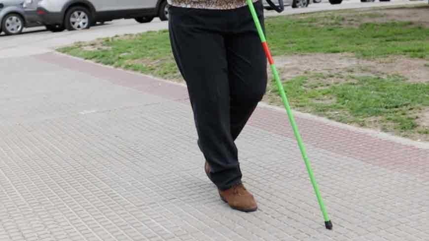 Curso de orientación y movilidad con el uso del bastón verde